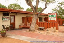 Red Rock Motel